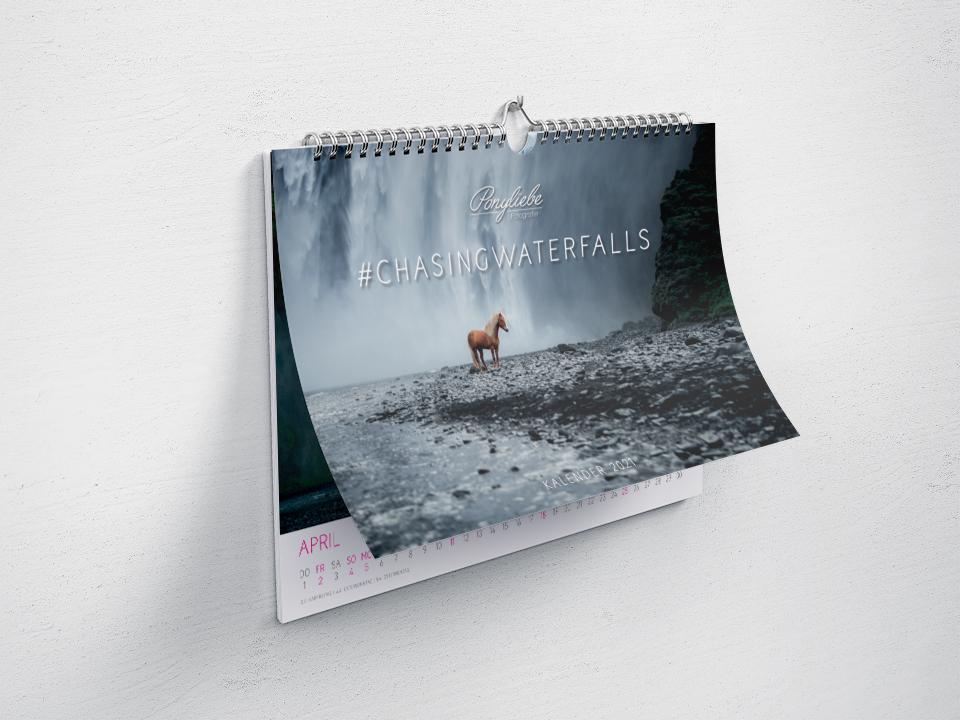 Wandkalender 2021 Pferdefotografie #chasingwaterfalls